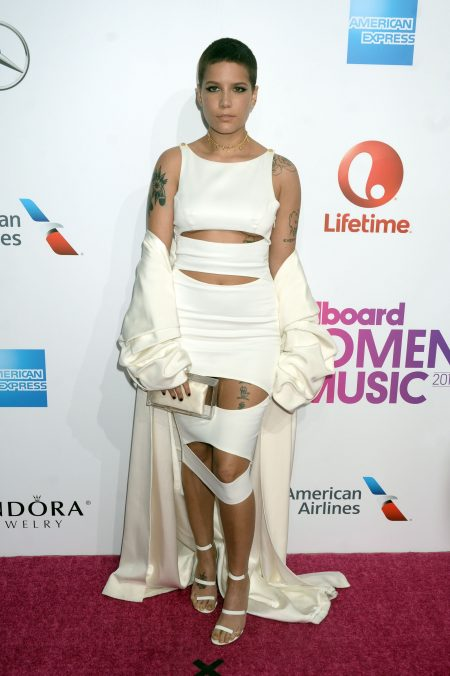 52253906 Celebrities attend the Billboard Women In Music 2016 on December 9, 2016 in New York City. Celebrities attend the Billboard Women In Music 2016 on December 9, 2016 in New York City. People: Halsey FameFlynet, Inc - Beverly Hills, CA, USA - +1 (310) 505-9876 RESTRICTIONS APPLY: NO FRANCE